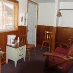 Red River Lodging Deer Lodge Room 4