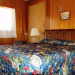 Red River Lodging Deer Lodge Room 2